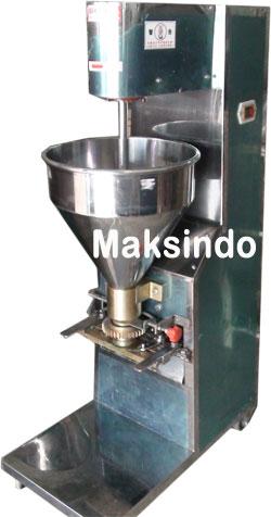 Mesin Pencetak Bakso Terbaru Dari Maksindo Memang Pilihan Kita