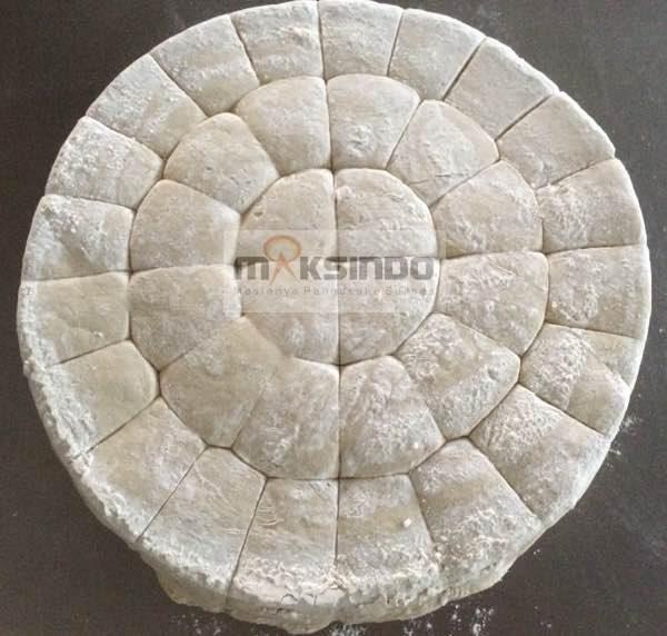 Mesin-Pembagi-Adonan-Roti-Dough-Devider-1