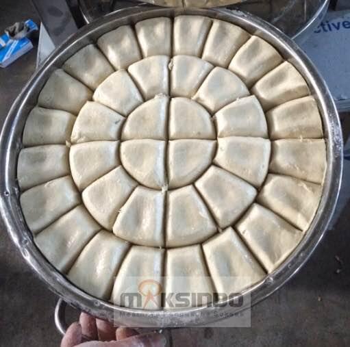 Mesin-Pembagi-Adonan-Roti-Dough-Devider-2